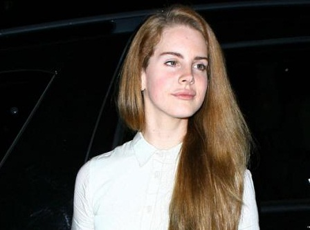 Lana Del Ray without makeup1