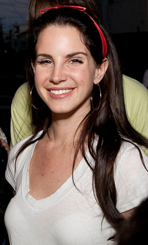 Lana Del Rey Without Makeup