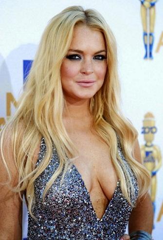Lindsay Lohan without makeup5