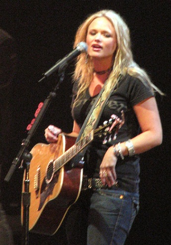 Miranda Lambert without makeup9