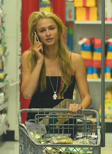 Paris Hilton without makeup3