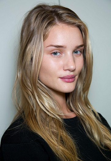 Rosie Huntington Whiteley without Makeup2