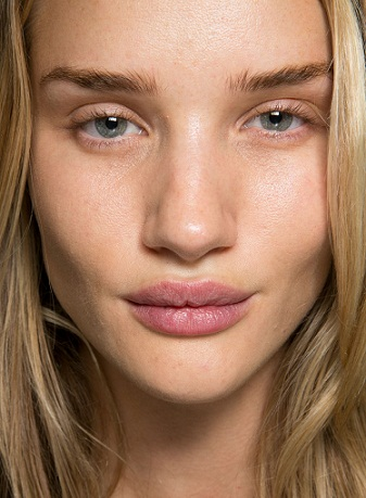 Rosie Huntington Whiteley without Makeup5