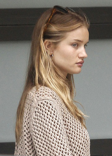 Rosie Huntington Whiteley without Makeup6