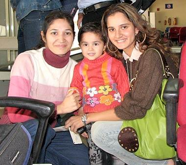 Sania Mirza without Makeup 10