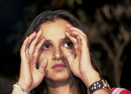 Sania Mirza without Makeup 4