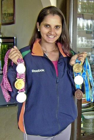 Sania Mirza without Makeup 8