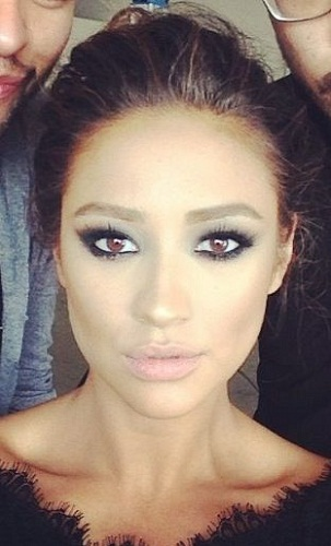 Shay Mitchell Without Makeup 10