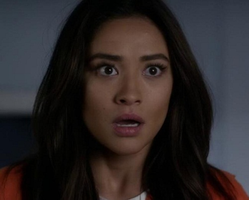 Shay Mitchell Without Makeup 11