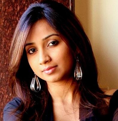 Playback singer Shreya Ghoshal latest cute still