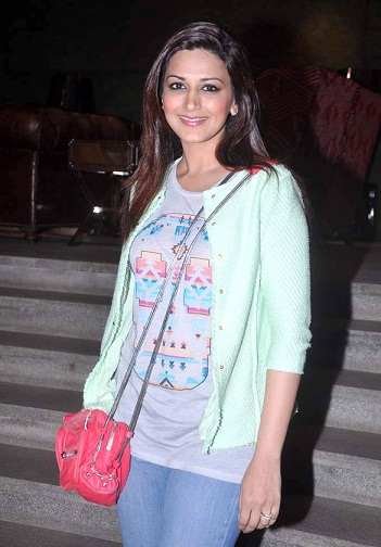 Sonali Bendre without makeup3