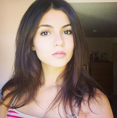 Victoria Justice without makeup1