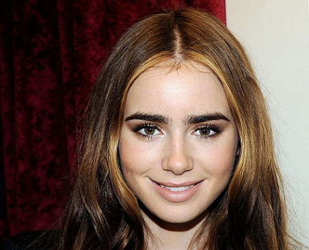 lily-collins-without-makeup7