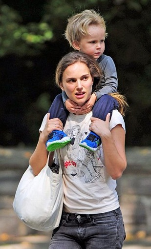 natalie portman without makeup11