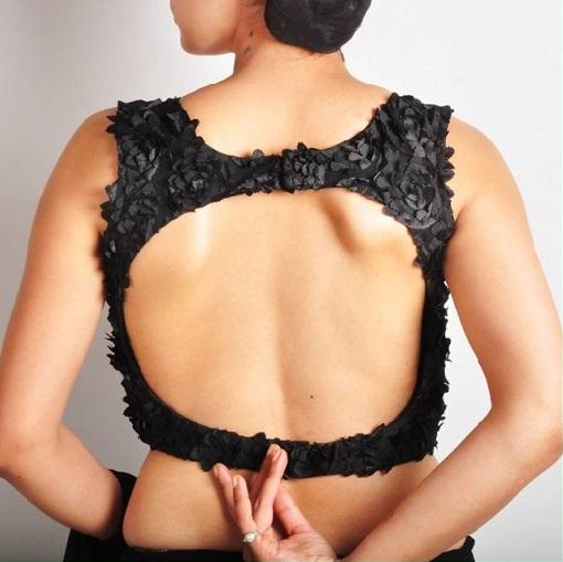 Blouse Back Neck Designs14