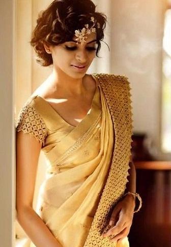 Bridal Blouse Designs-Blouse with Golden Lace 10