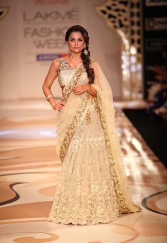 Celebrity Golden Saree 3