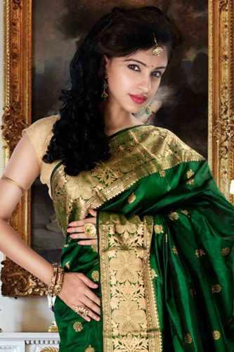 Green Sarees-Green Pure Silk Saree 15