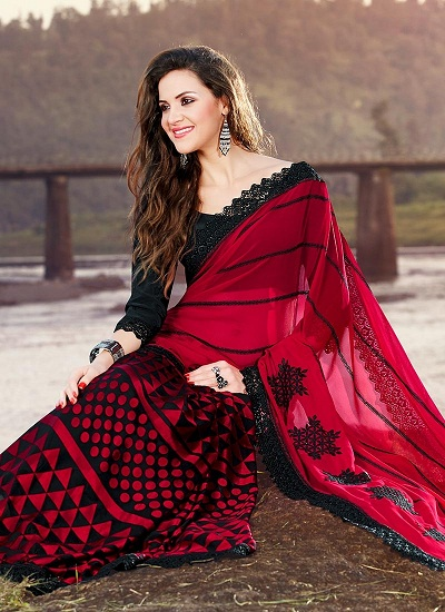 6afd51fc6f This is yet another red saree that can be used as a party wear material. The  cloth material used in this saree is quite beautiful and the black patterns  ...