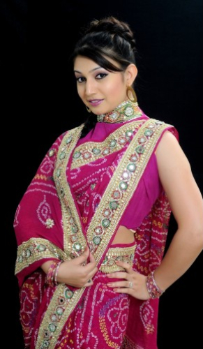 BandhaniI Sarees-Pink Pure Georgette Bandhani Saree With Kundan Works 4