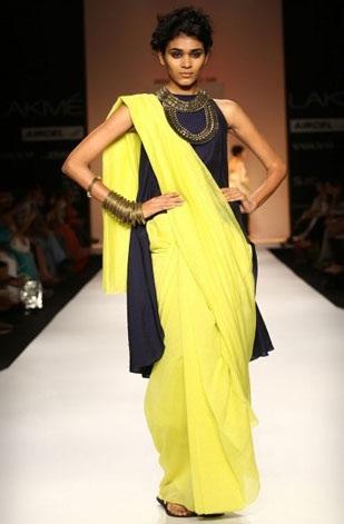 Latest Saree Designs 18