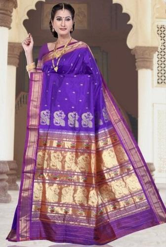 Nauravi Sarees-Purple South Indian Allure 12