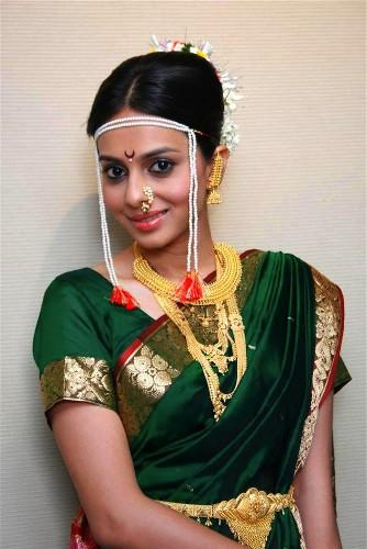 Nauravi Sarees-Tamil-Looking Nauvari Saree 14