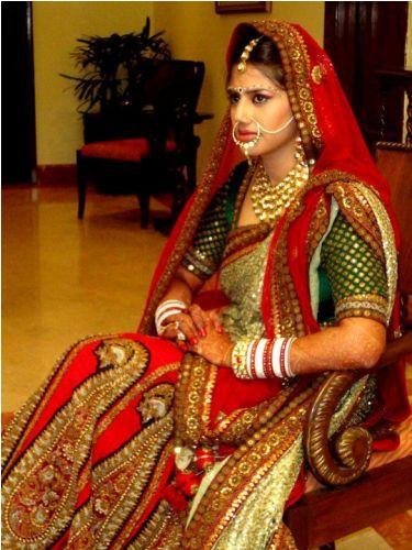Sabyasachi Sarees-Bengai Wedding Saree By Sabysachi 7
