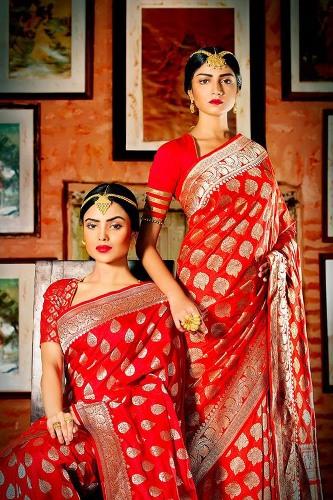 Sabyasachi Sarees-Red Festive Sabyasachi Saree 11