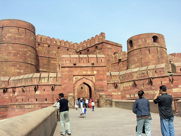 agra-fort_agra-tourist-places