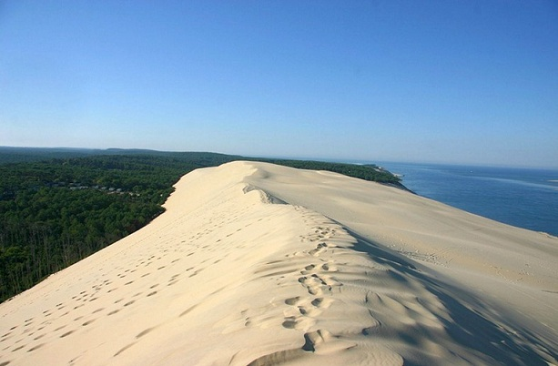 dune-of-pyla_france-tourist-places