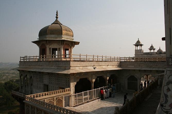 musamman-burj_agra-tourist-places