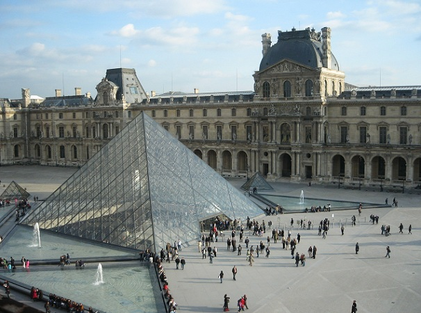 musee-du-louvre_france-tourist-places