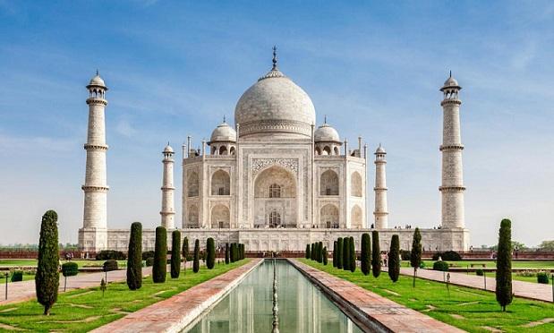 taj-mahal_agra-tourist-places