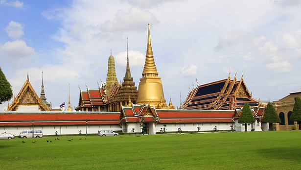 temple-of-the-emerald-buddha_thailand-tourist-places