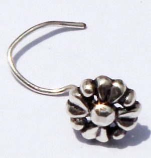 925-solid-silver-antiquated-nose-pin-design3