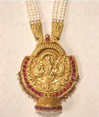 antique-temple-jewelry-an-ancient-work-in-temple-teeka