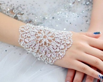 beautiful-bracelet-crystal-jewellery-design-5
