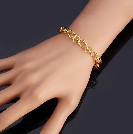 Women Bracelet Designs - chain bracelets