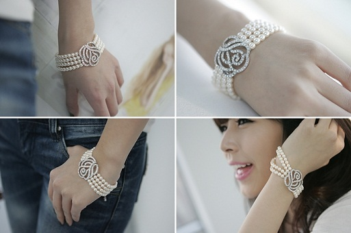 Women Bracelet Designs - diamonds and pearls bracelet