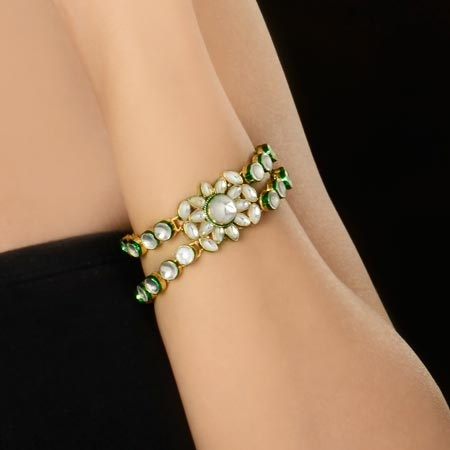 bracelets-for-women-kundan-bracelets