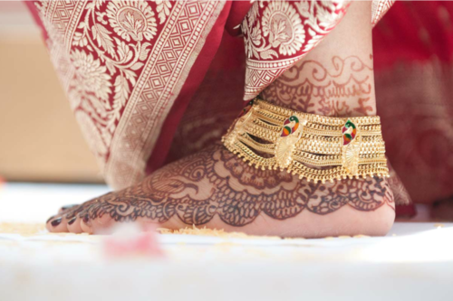 bridal-anklets-bridal-anklet-with-peacock-design-in-gold