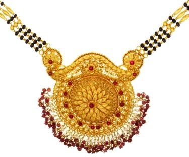 classic-pendant-set-with-gold-mangalsutra-17
