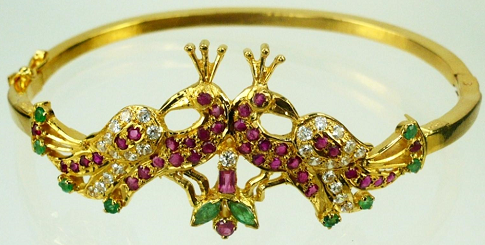 designer-bracelets-designs-traditional-peacock-style-designer-bracelets