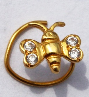 diamond-studded-nose-pin-in-butterfly-design1
