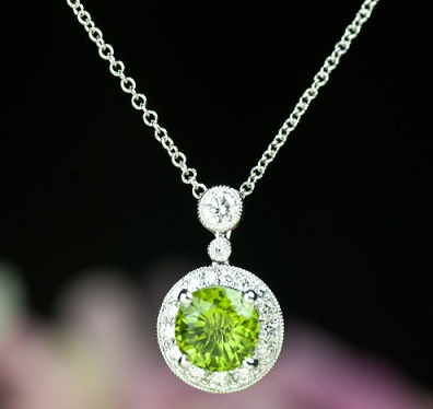 emerald-necklace-chain-12