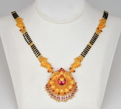 gemstone-mangalsutra-design-8