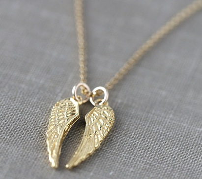 gold-angel-wings-necklace-chain-15