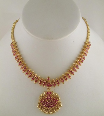 gold-choker-necklace-with-emerald-and-ruby-15