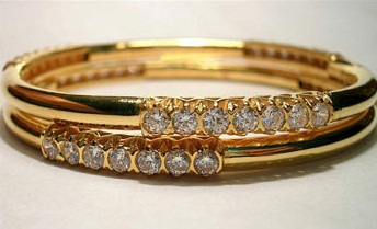 gold-bangles-studded-with-diamonds1